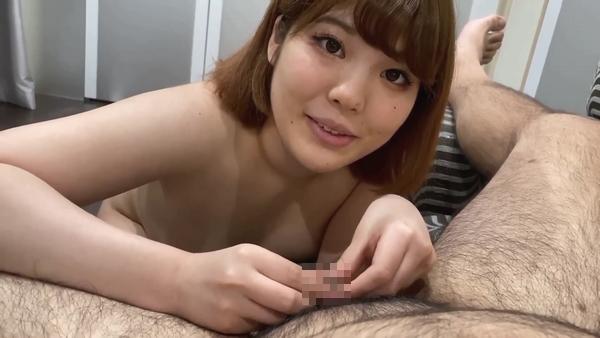 包茎ペニスをフェラチオする早川夏美