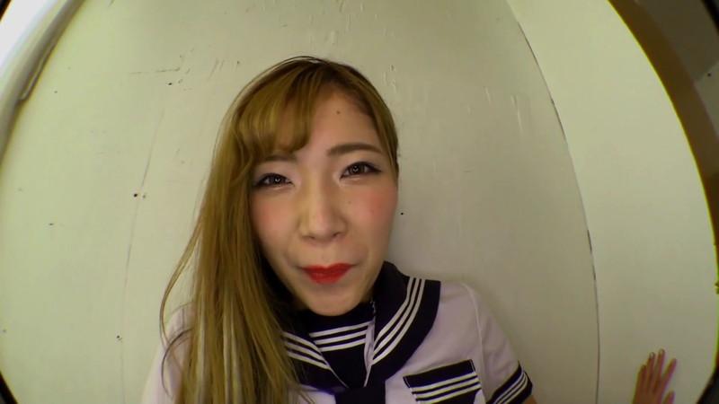 美波沙耶の膣内で暴れまわるTバックパンティーで固定された電動バイブ